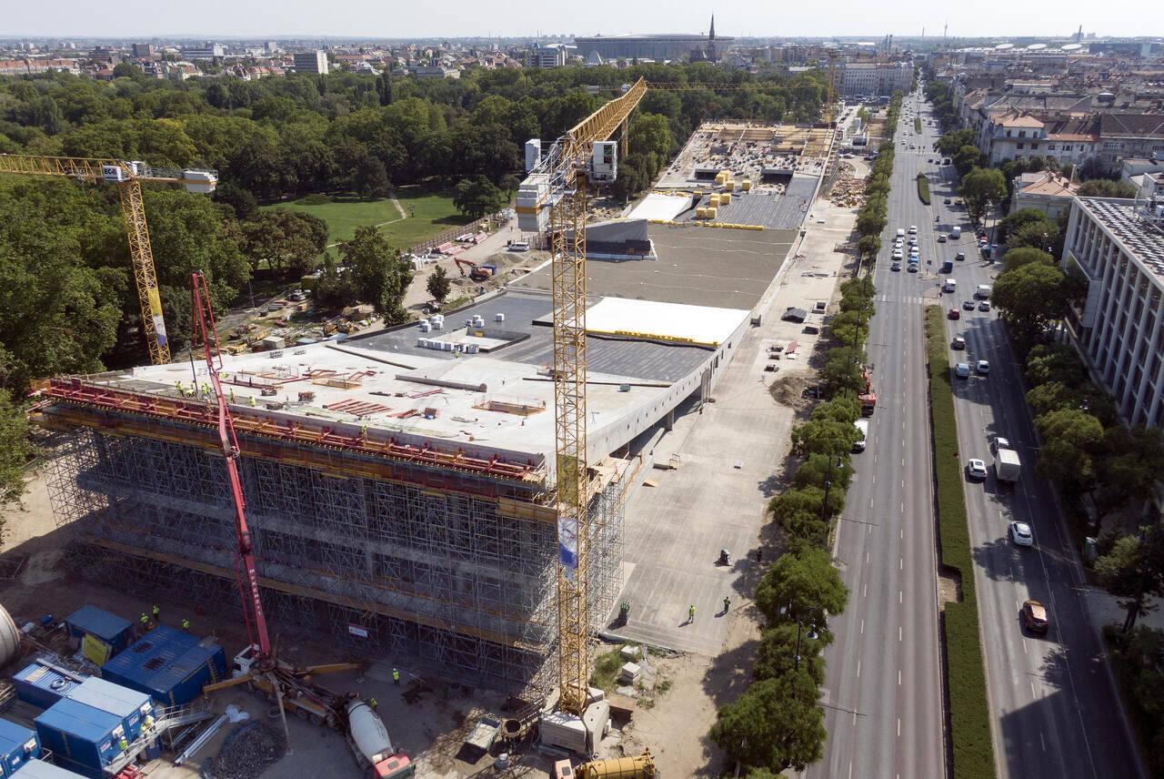 construction-liget-városliget-city-park-budapest