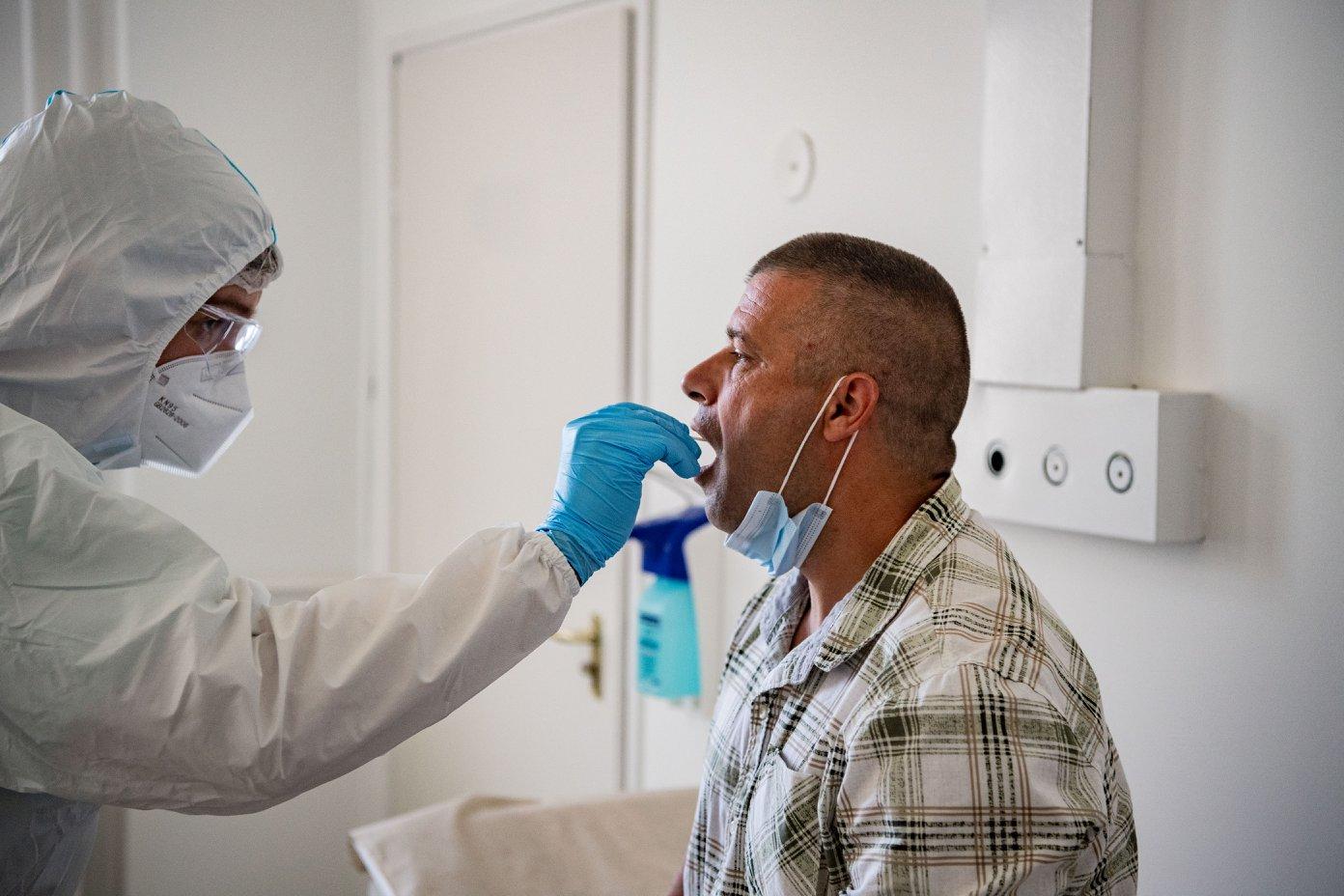 coronavirus test hospital