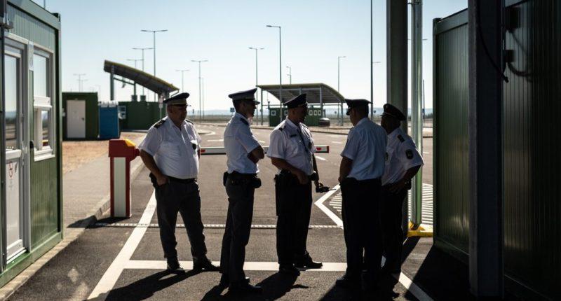 hungary border guards
