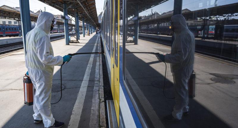 railway-hungary-coronavirus-máv