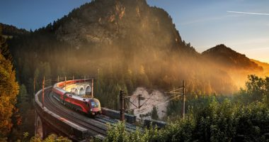 reggeli railjet railway
