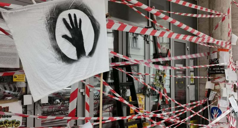 Budapest's University of Theatre and Film Arts SZFE students demonstration