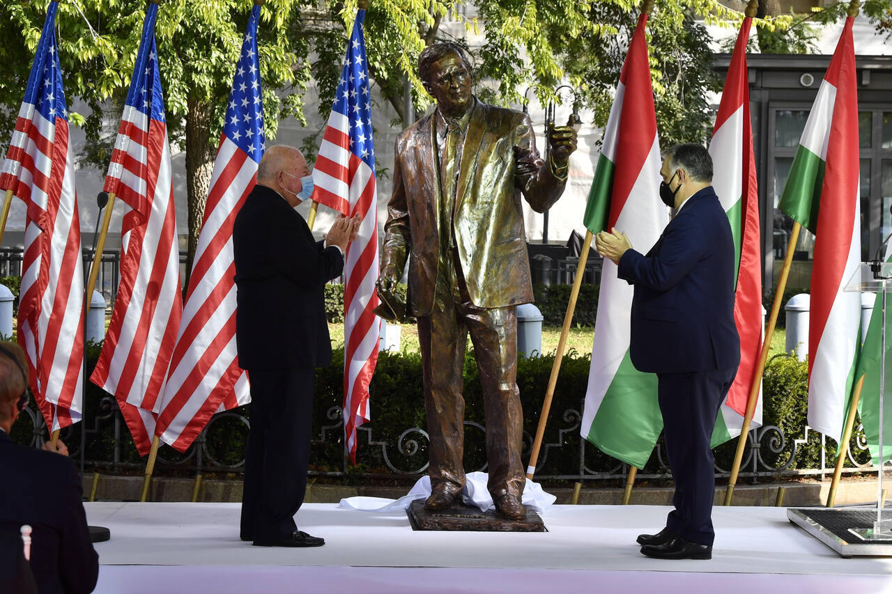 George Bush monument inaugrated in Budapest, Hungary