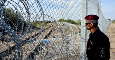 hungary border fence migration