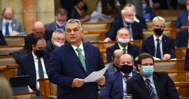 orbán in parliament