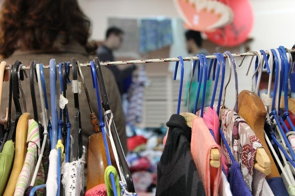 second hand store thrift store turi