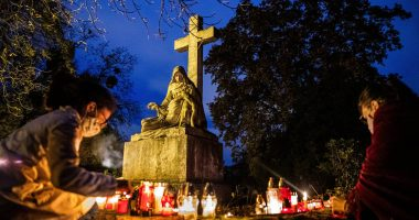All Saints' Day in Hungary, 2020. Photo: MTI