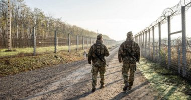 migration hungary border fence