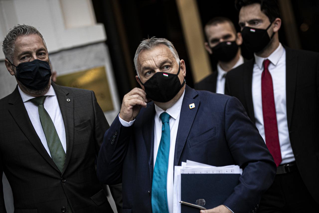 orbán-mask-coronavirus