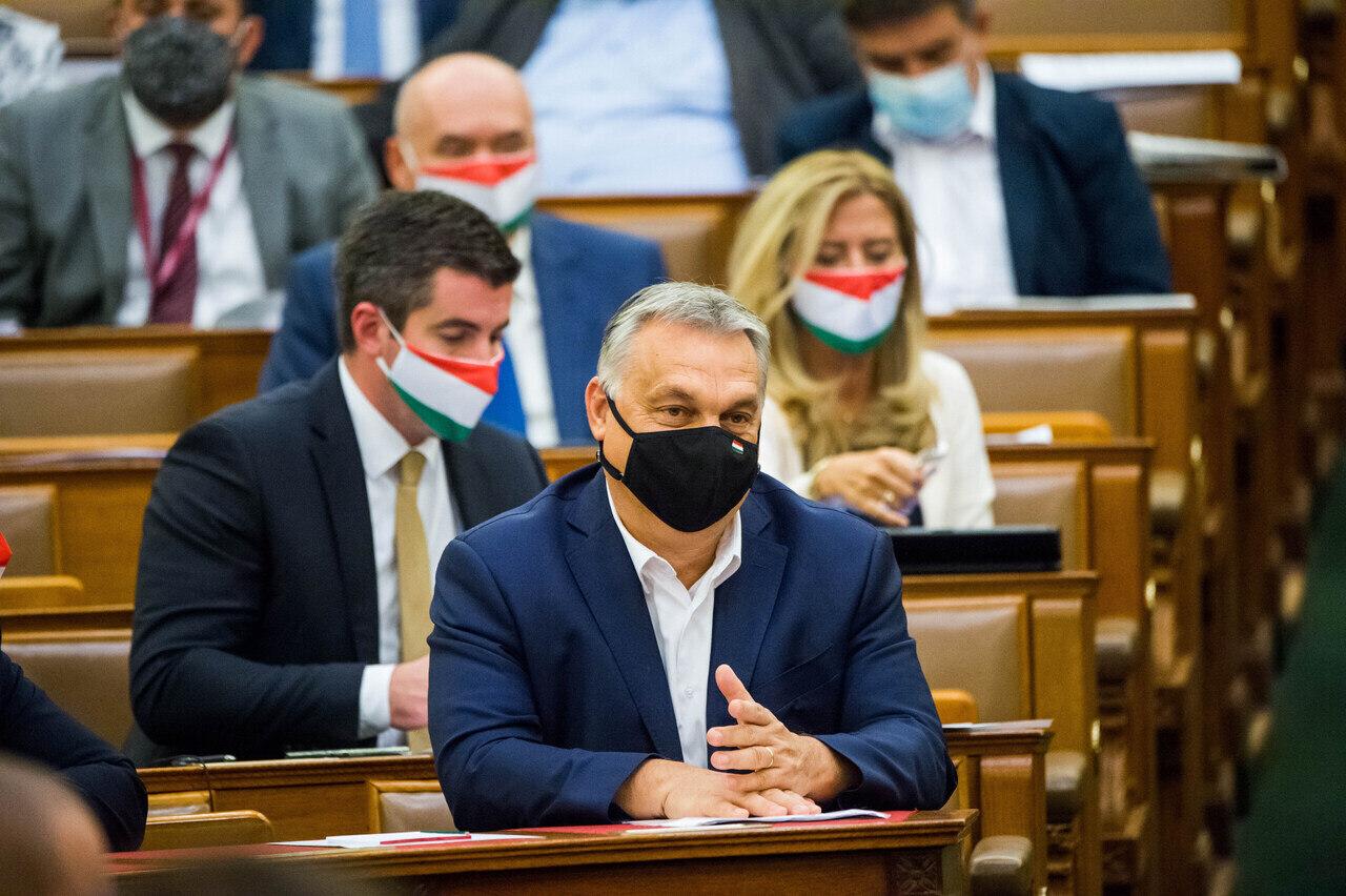 ORBÁN Viktor mask