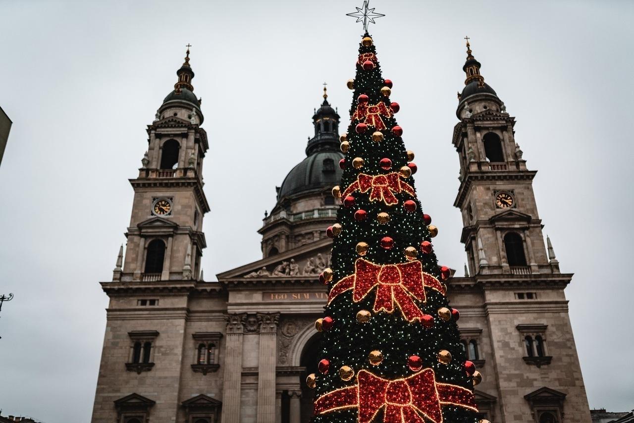 Szent István Bazilika Basilica Christmas Fair Karácsonyi Vásár Tree Fa