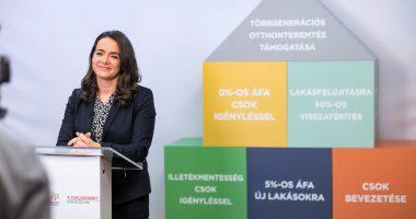 minister katalin novák