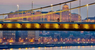 budapest_bridge_castle