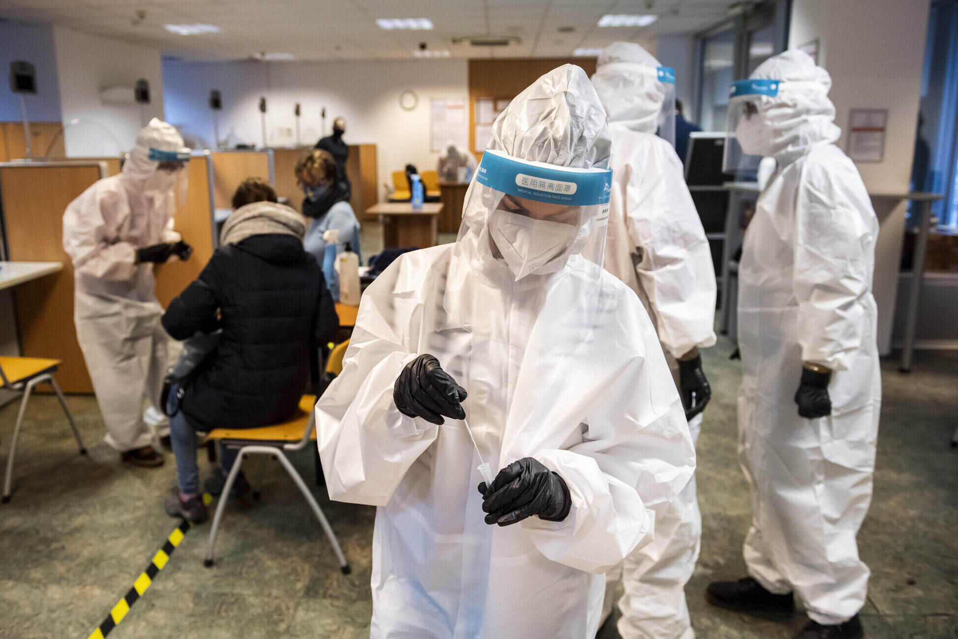 coronavirus testing in hungary