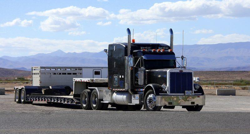 peterbilt usa truck