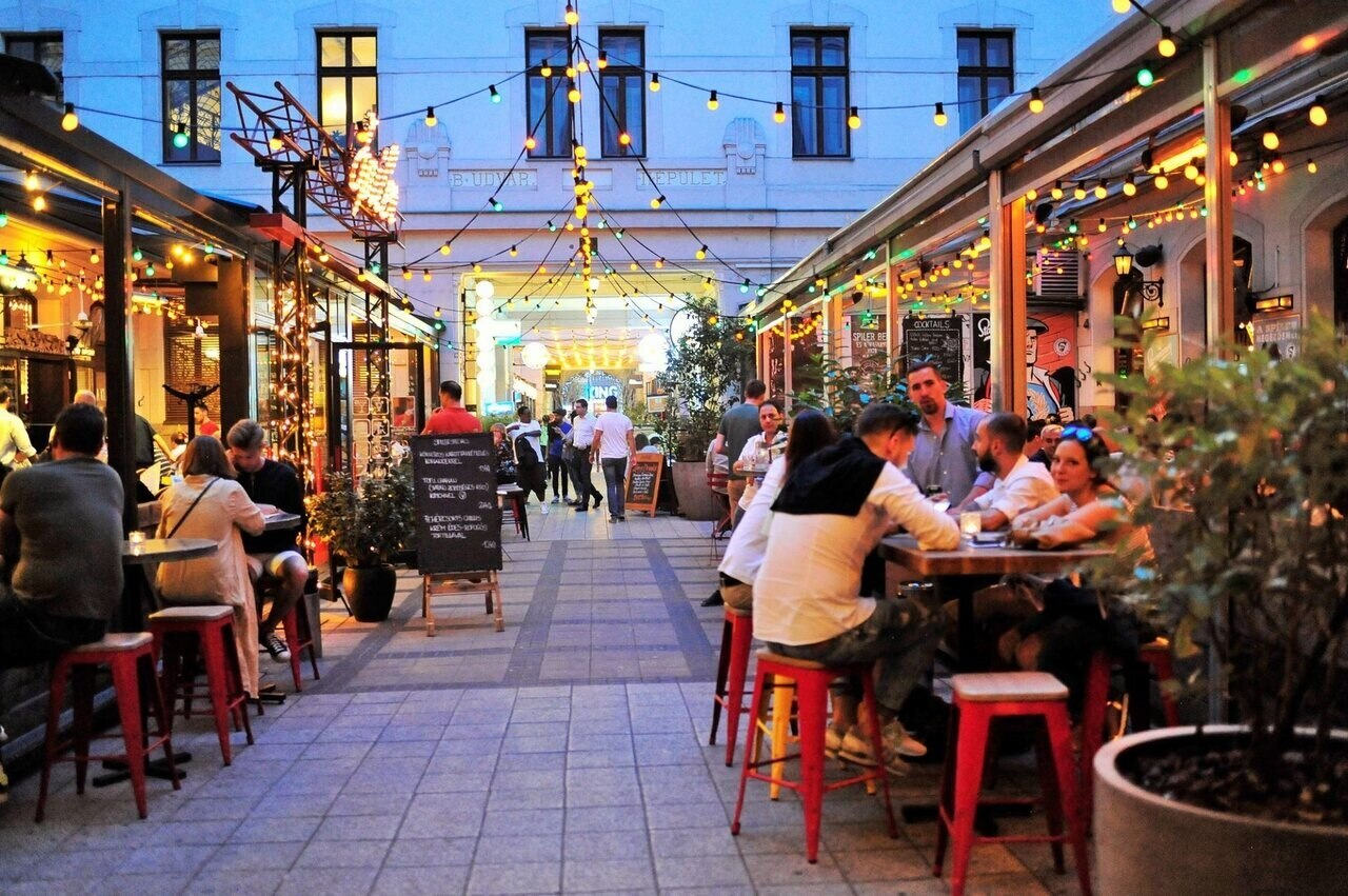 Budapest Party District Drink Alcohol
