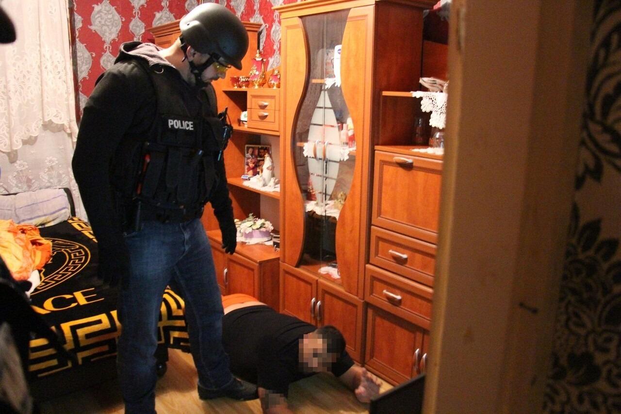 Hungarian Police Arrest Letartóztatás Rendőrség 2