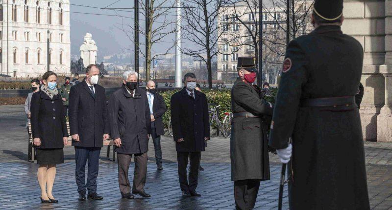 communism victims commemoration