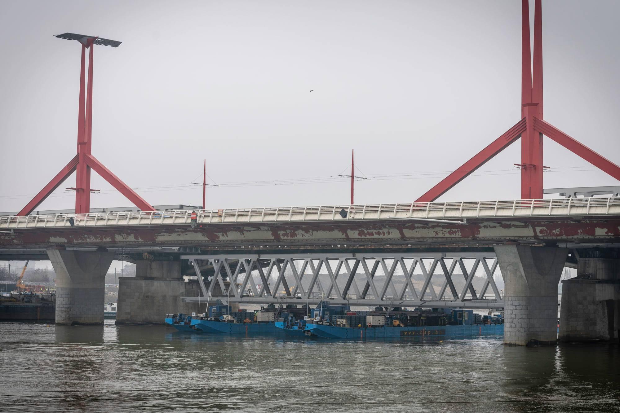 southern connectin railway bridge