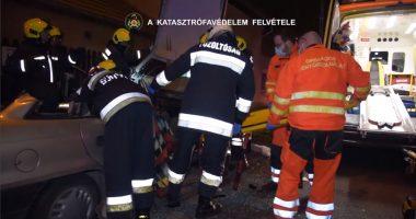 Car Accident Autóbaleset Police Firefighters Ambulance Rendőr Mentő Tűzoltó