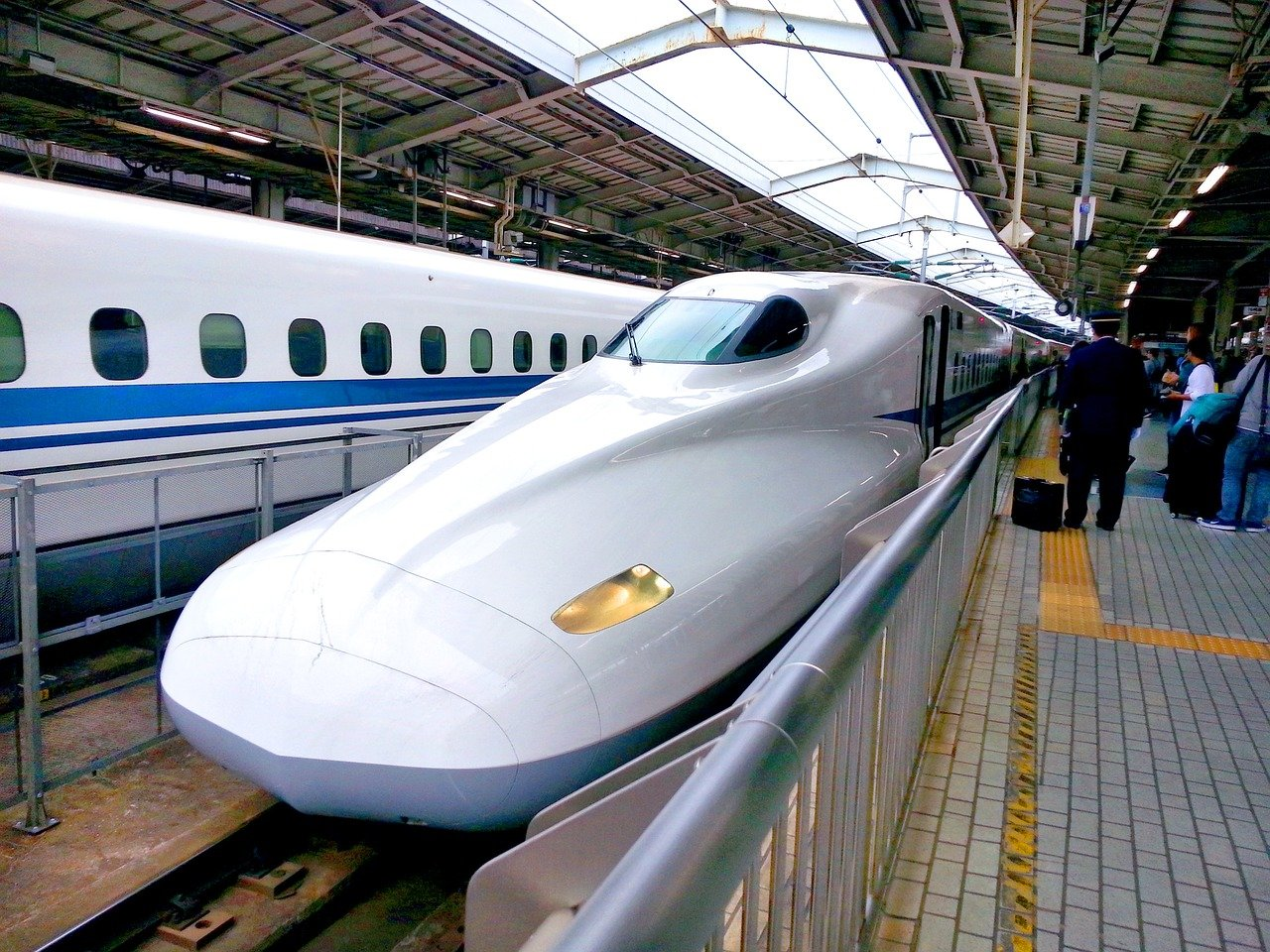 bullet-train high speed railway