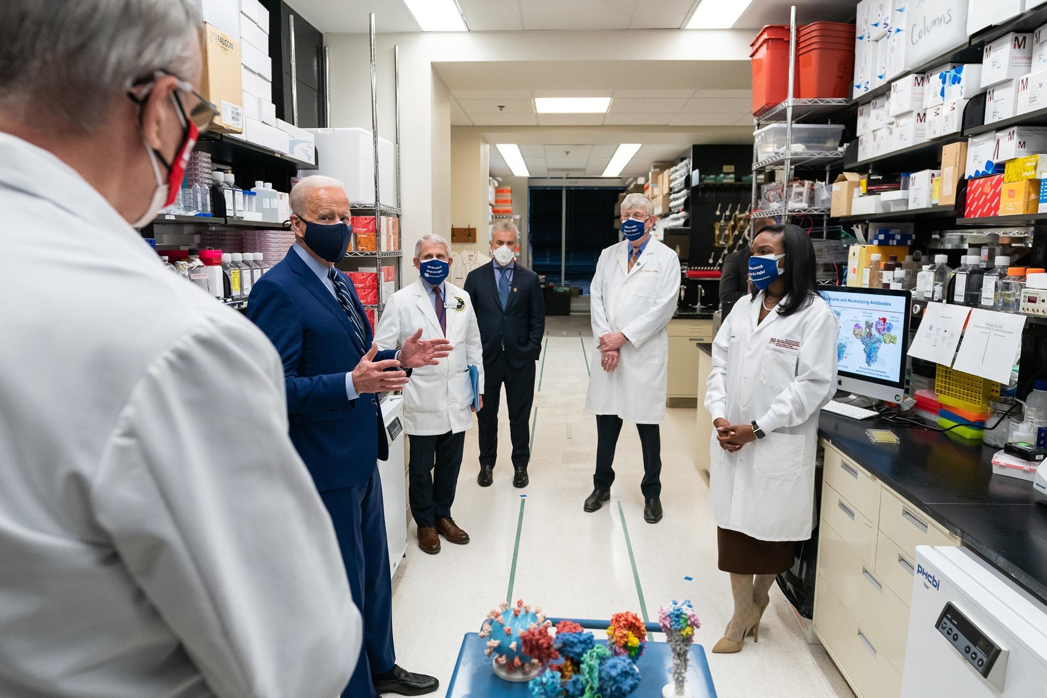 joe biden with doctors