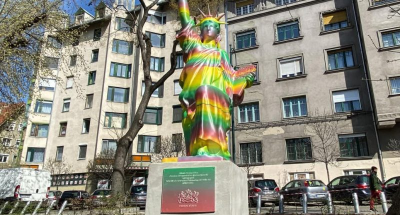BLM statue budapest