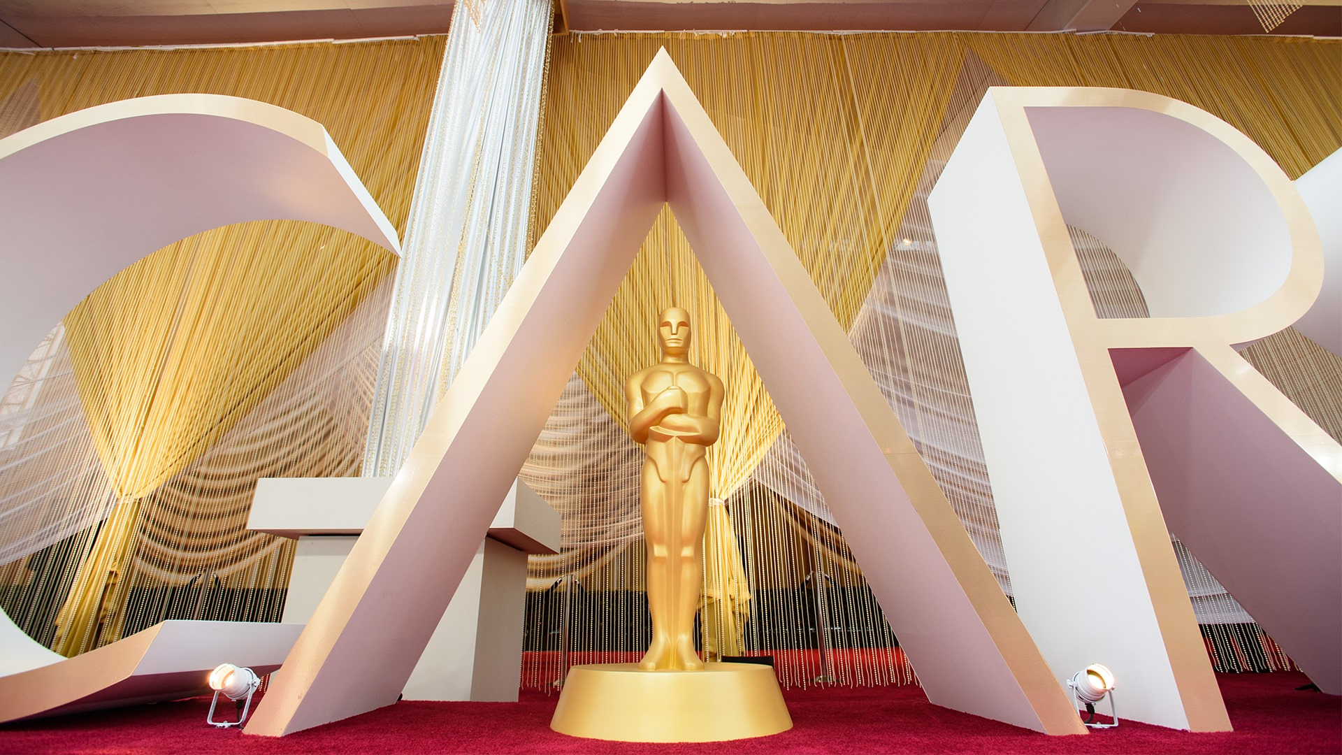 Romanian movie to receive two Oscars?