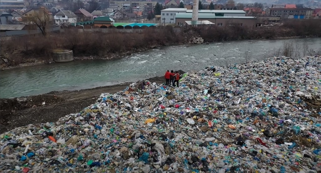 Tisza River Pollution Environment Waste Garbage