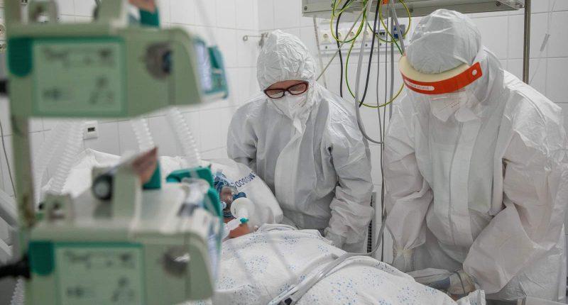 coronavirus covid 19 hungary hospital ventilator