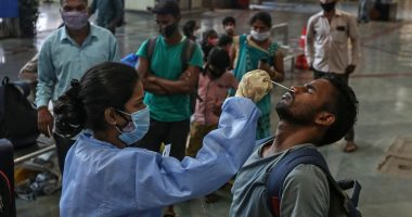 india_koronavírus_coronavirus_pandemic_testing_tesztelés_vaccine_vakcina
