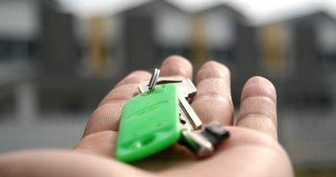key house hand home