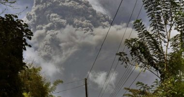kingstown saint vincent and the grenadines volcano eruption