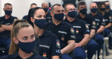 Hungary sends policemen to Serbia, N Macedonia