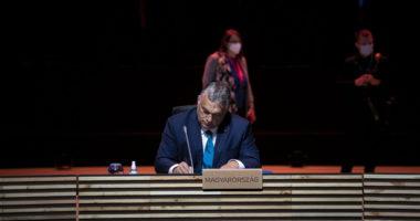 Viktor Orbán Johnson