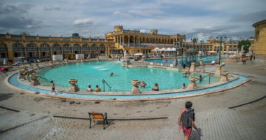 spa-wellness-thermal-bath