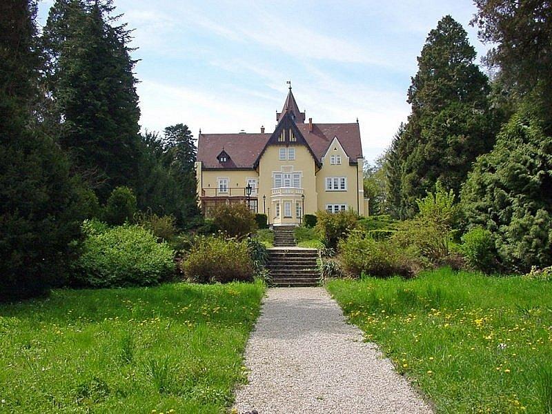 szeleste festetics mansion