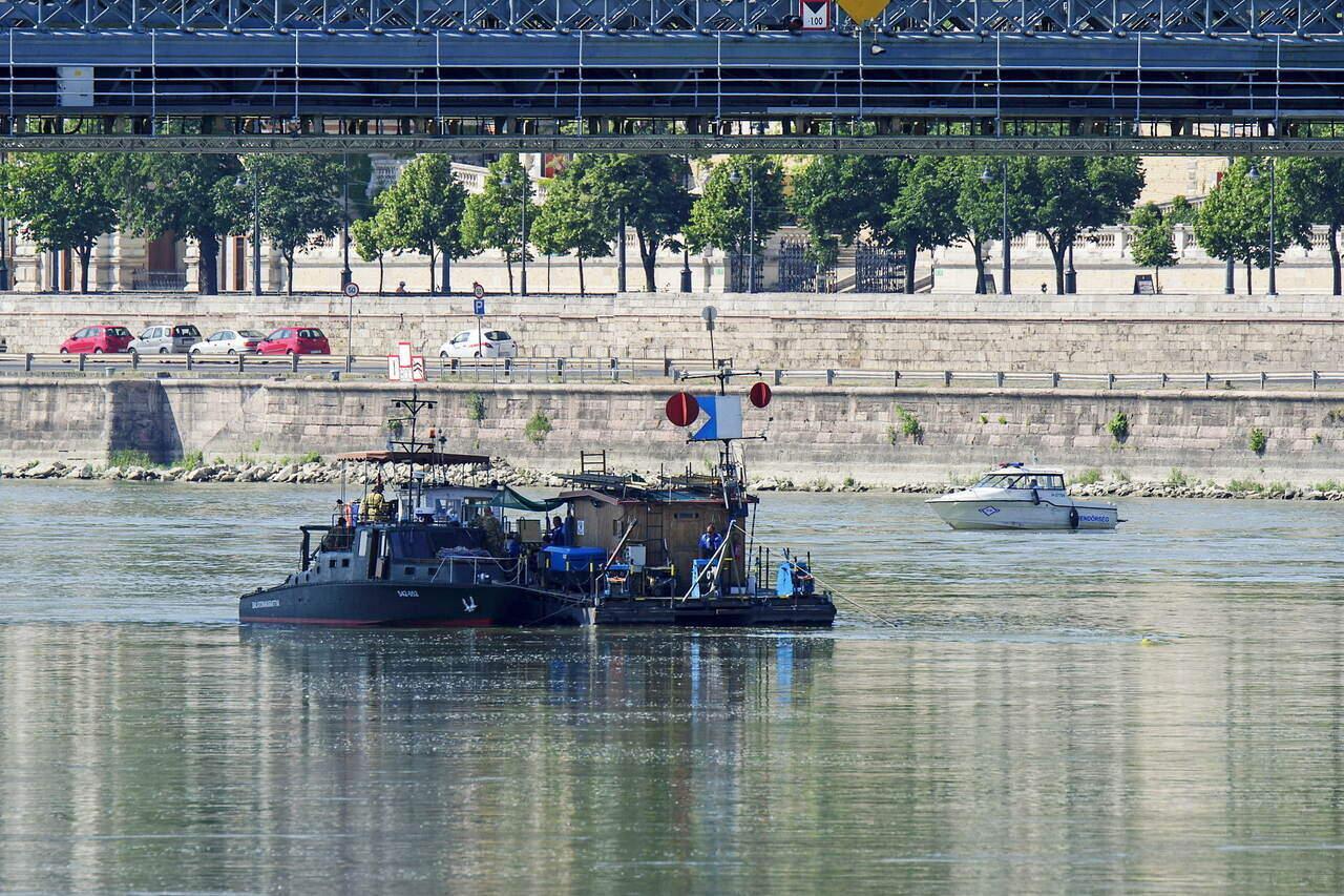 Large Bomb Chain Bridge Bomb Brigade 2
