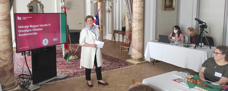 London Katalin Szili