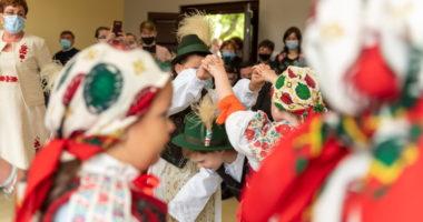 folk dance hungary