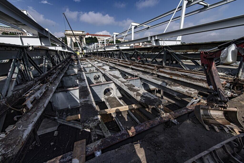 Chain Bridge renovation