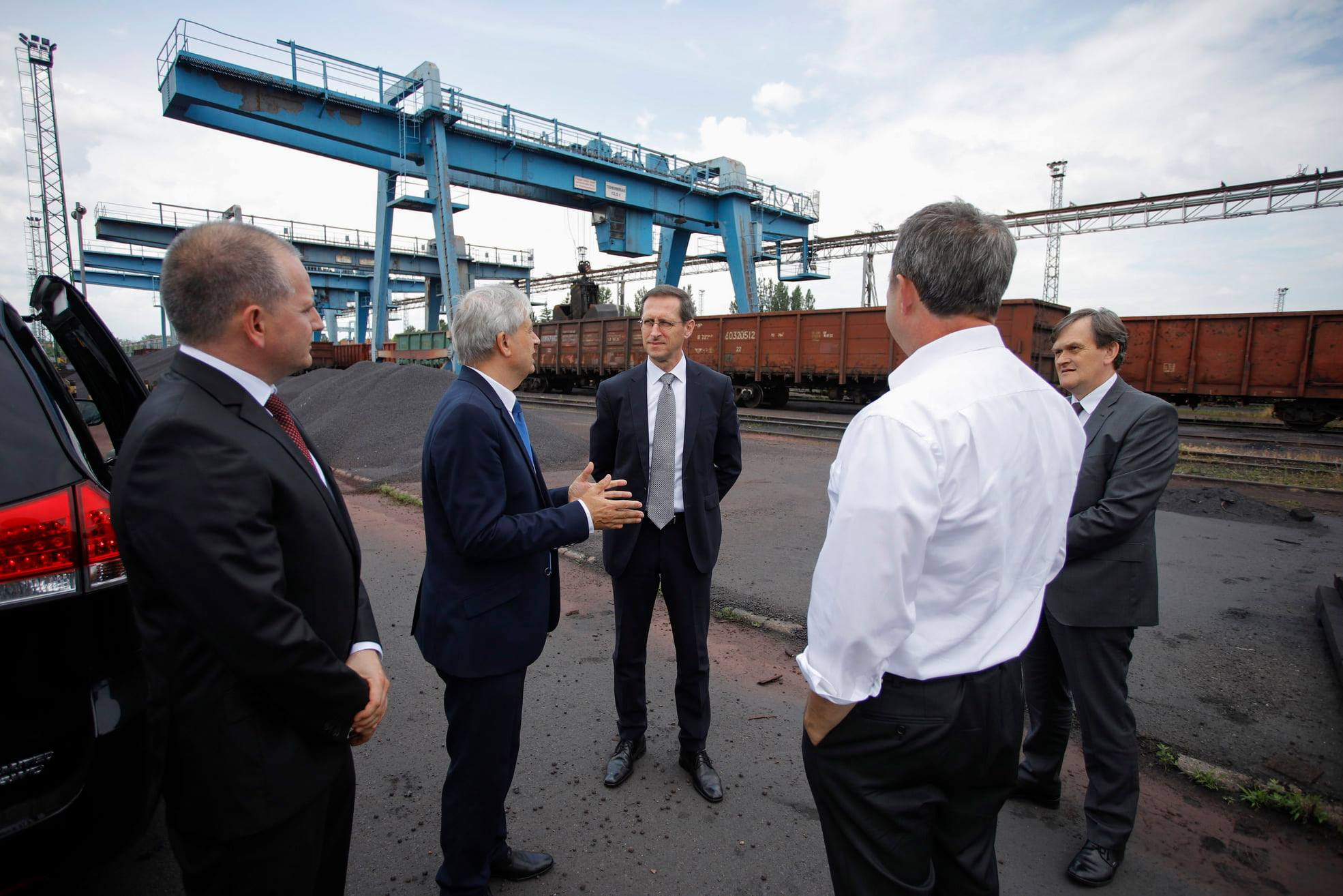 Hungary transport China Russia