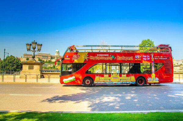 tourist_bus_budapest