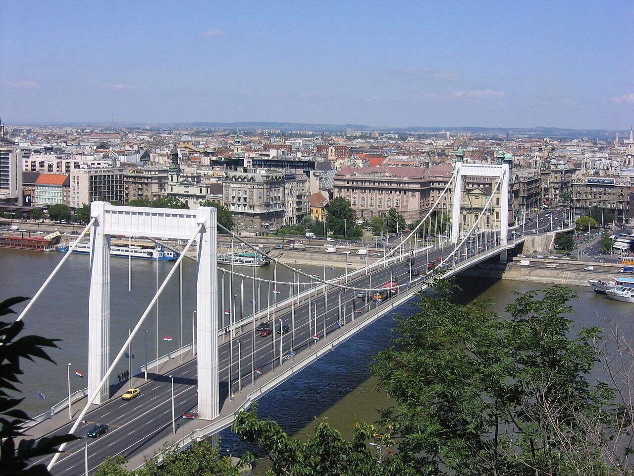 Elisabeth Bridge Erzsébet híd 3