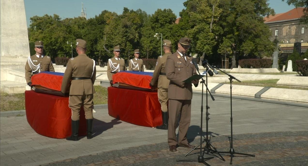 Fiumei Sírkert Soviet Soldiers Reburial