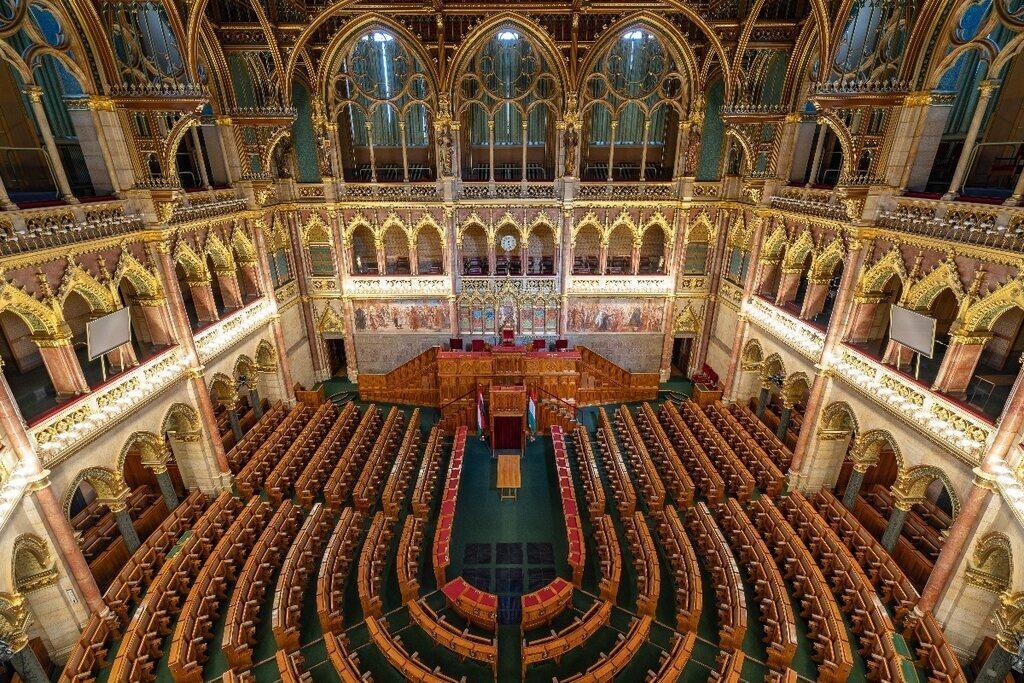 Hungarian Parliament Interior 3