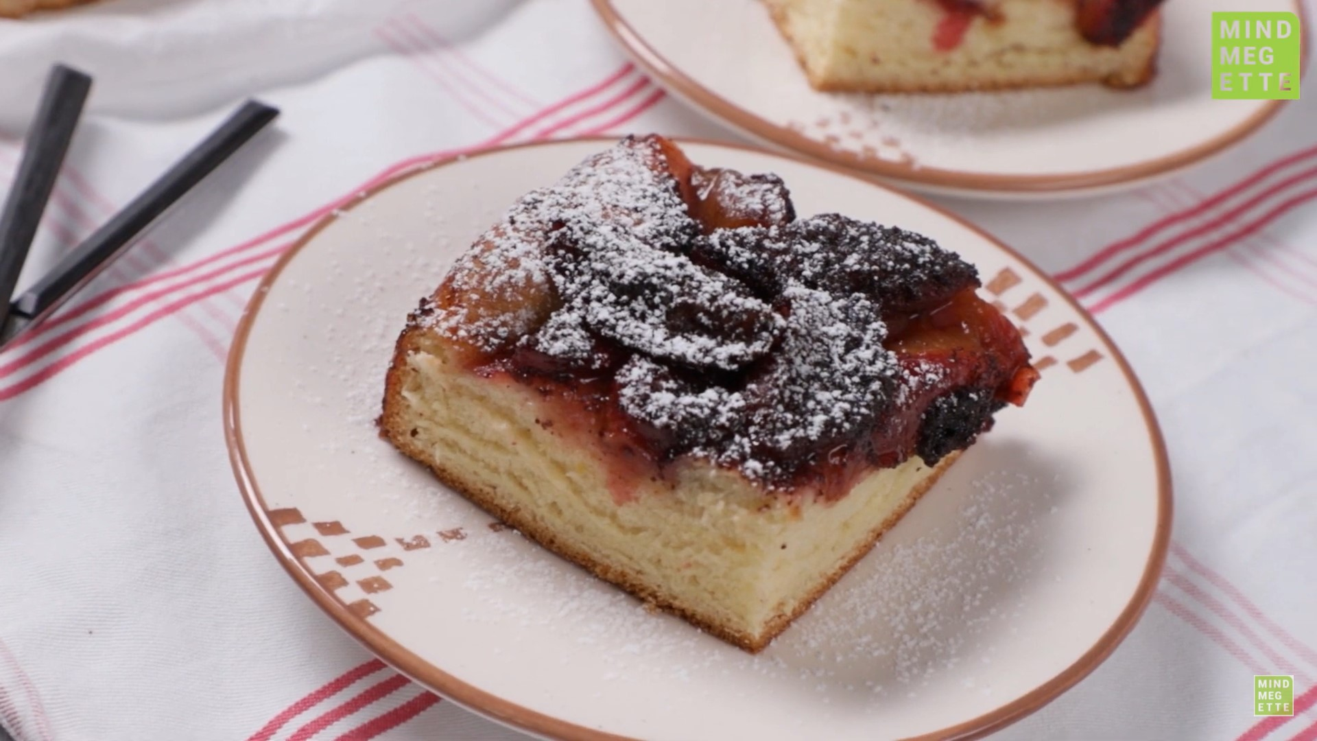 Hungarian-food-recipe-plum-pie-with-poppy seed