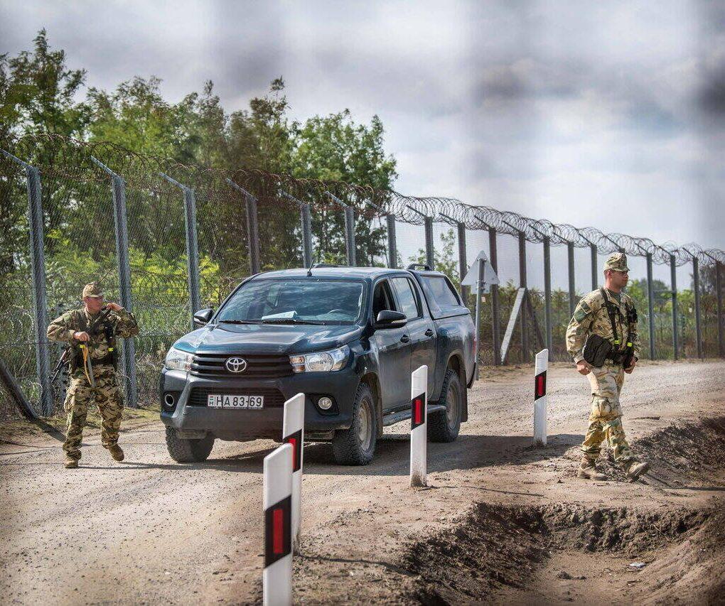 Hungary-border-migration