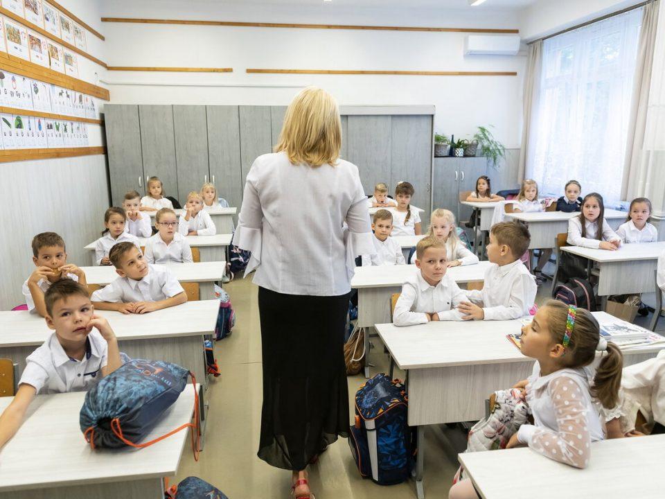 Hungary-education-OECD