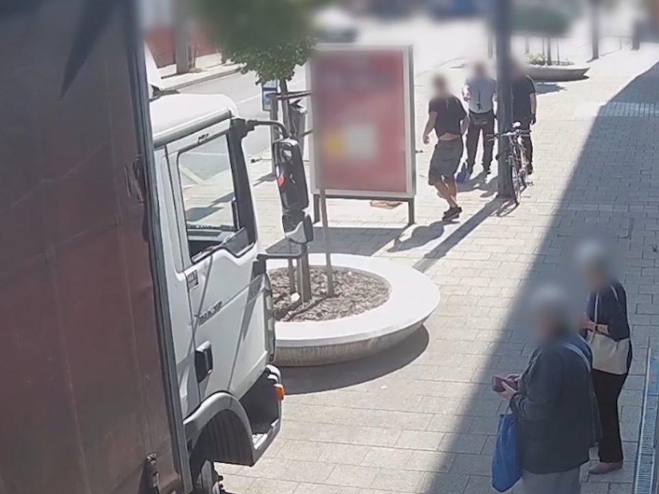 Man Attacked His Aquaintance Police Recording